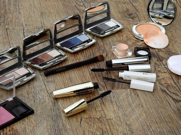 cosmetics-2116400_1280